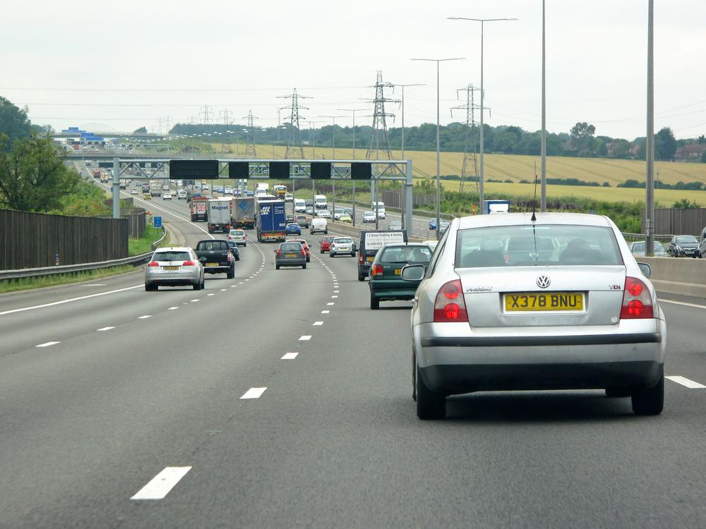 【イギリス】環境相、2040年までにガソリン車・ディーゼル車販売を全面禁止。ハイブリッド車も対象 1