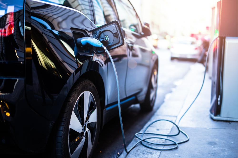【イギリス】電気自動車普及の官民連携プロジェクト「Go Ultra Low」、賛同企業が100社を突破 1