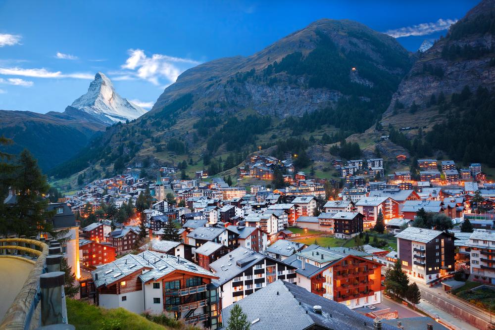 【スイス】大手年金基金・保険会社、投資ポートフォリオの2℃目標遵守度合いをチェック。TCFDの影響 1