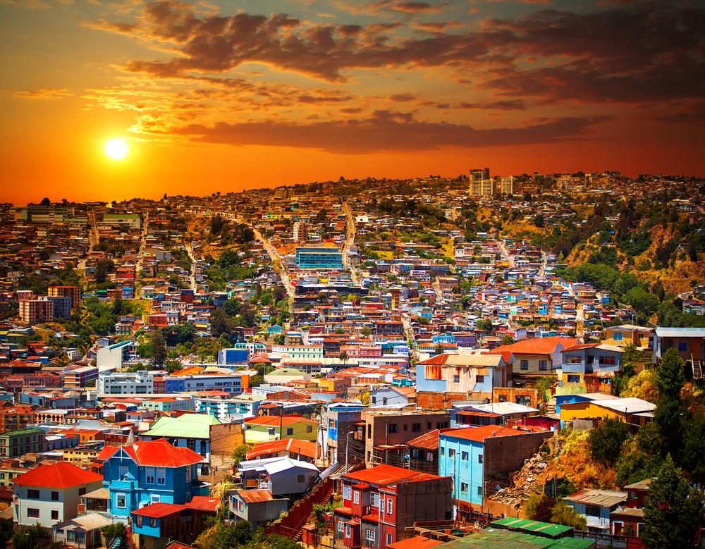 【チリ】大統領、沿岸部都市でビニール袋使用を禁止する法律制定の意向表明。罰金刑も 1