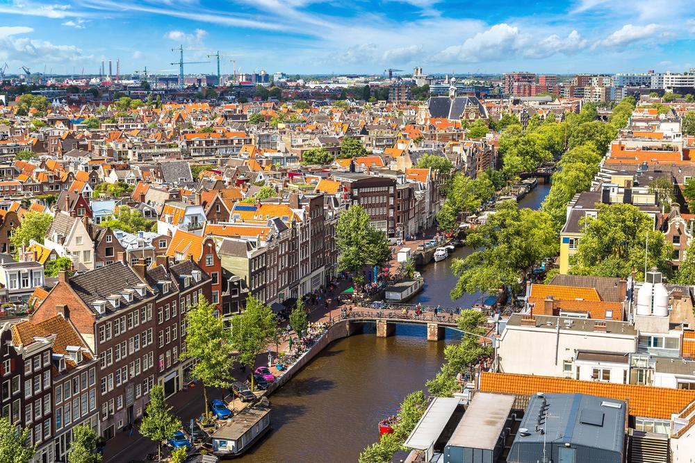 【オランダ】ESG投資推進VBDO、2017年度ESG投資状況レポート発表。大手年金基金評価も公表 1
