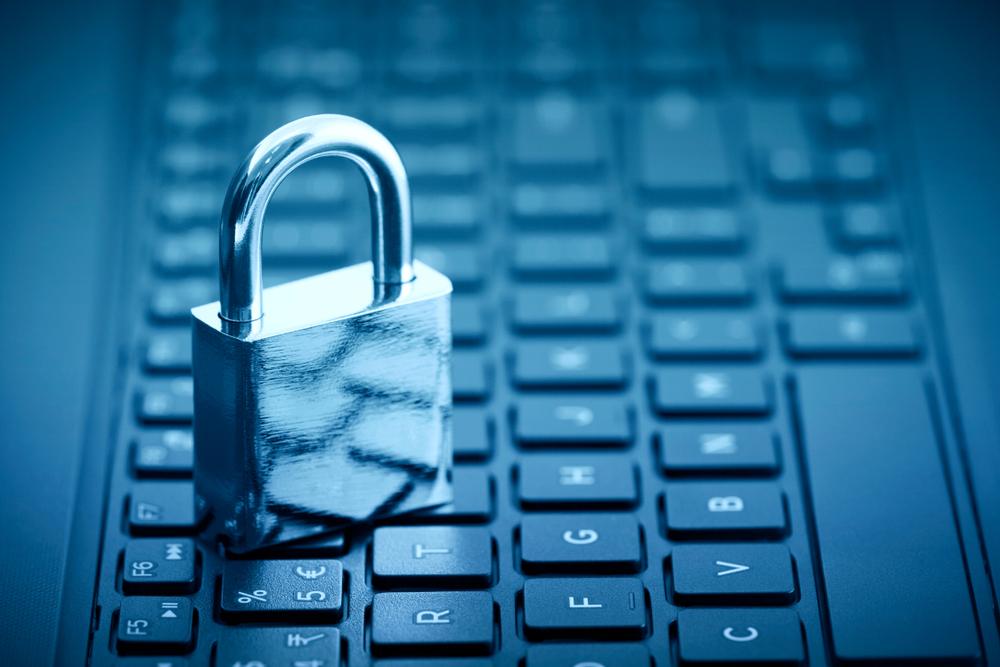 【アメリカ】フェイスブック、同社初のプライバシー原則発表。EUの新個人情報保護規制に対応 1