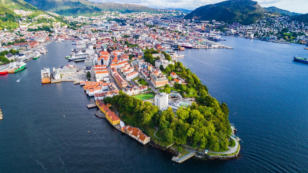 【ノルウェー】与党保守党、政府年金GPFGにPE投資を許可する案で党内合意。再エネ投資に期待 1