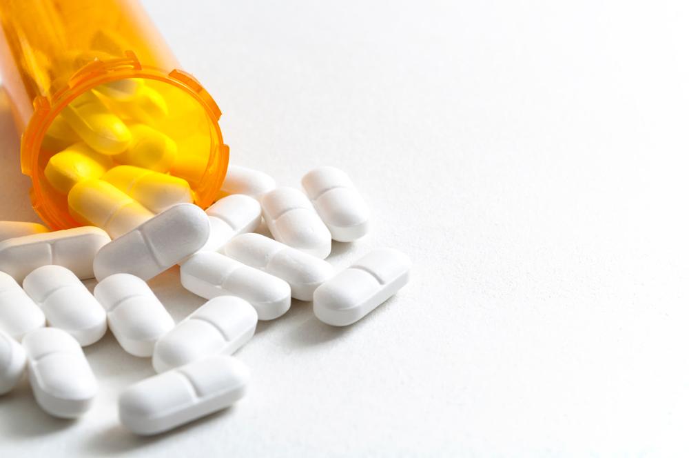 【カナダ】オピオイド関連死が増加。政府は警告ステッカーの貼付を義務付け 1