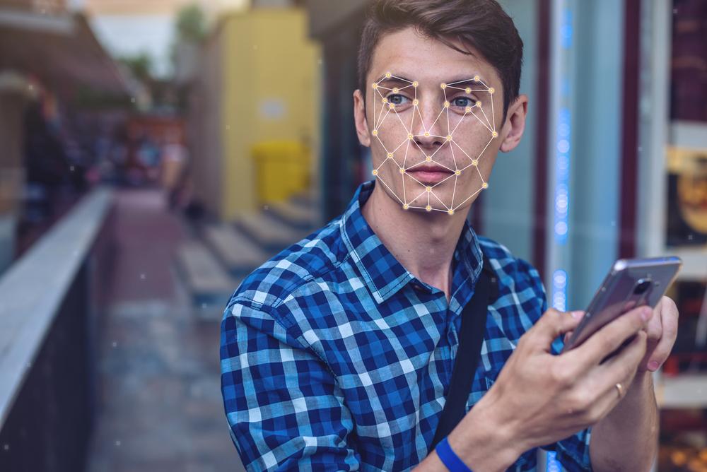 【アメリカ】アマゾン従業員、顔認識技術の警察機関販売に関しベゾスCEOに抗議書簡送付 1