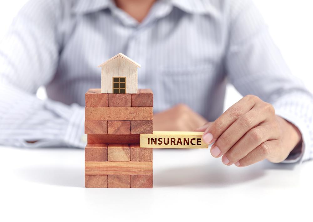 【日本】損保料率機構、住宅総合保険の参考純率を平均5.5%引き上げ。自然災害や水漏損害増加 1