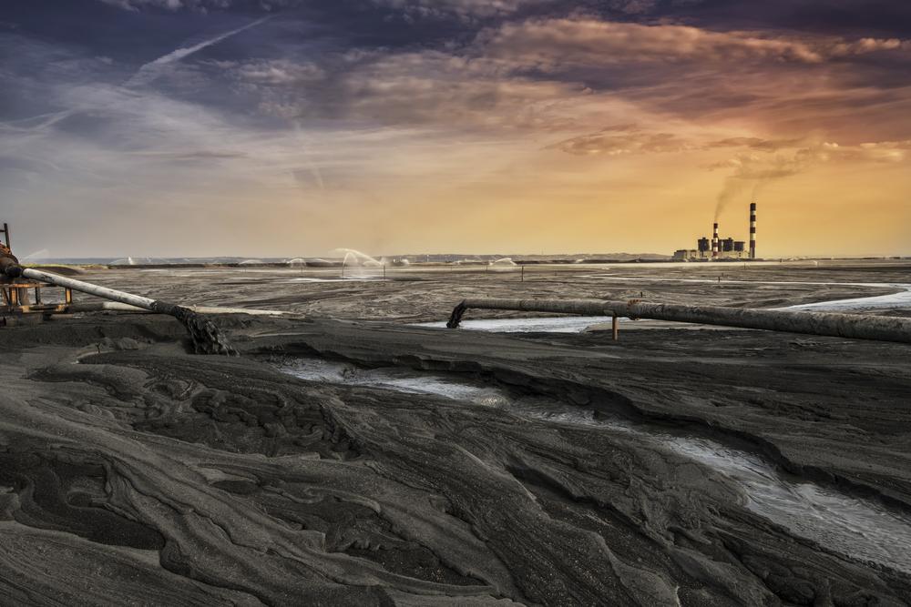 【アメリカ】EPA、石炭燃焼残渣廃棄ルールの緩和を発表。州政府に規制緩和権限を授権 1