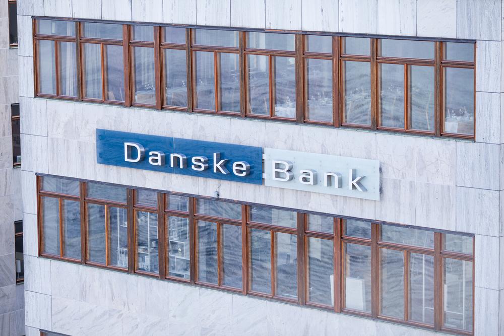 【デンマーク】ダンスケ銀行CEO、エストニア現地法人でのマネーロンダリング関与で引責辞任 1