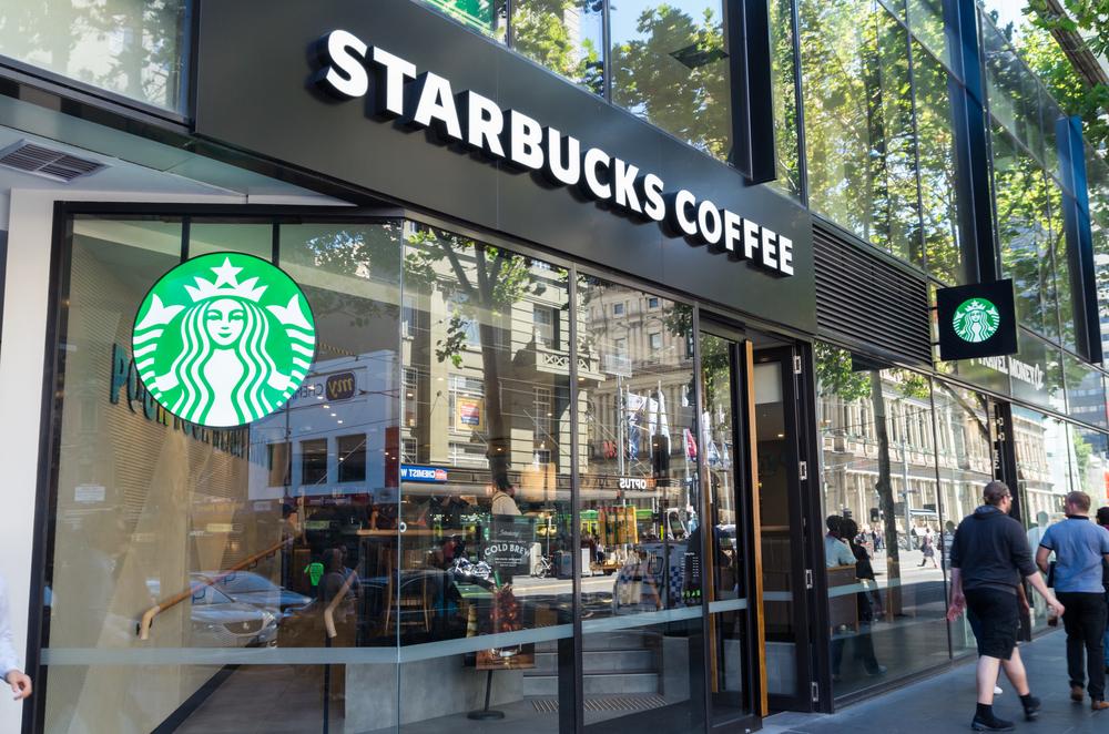【北米】スターバックス、1万店舗を環境配慮型店舗に転換。CO2、水消費、廃棄物、原材料到達、健康等 1