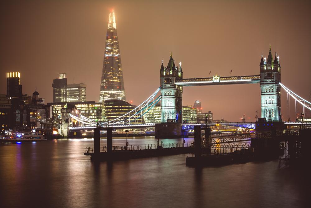 【イギリス】ロンドン市やUK100加盟都市、英政府に大気汚染規制強化を要求。旧型車両廃棄支援等 1