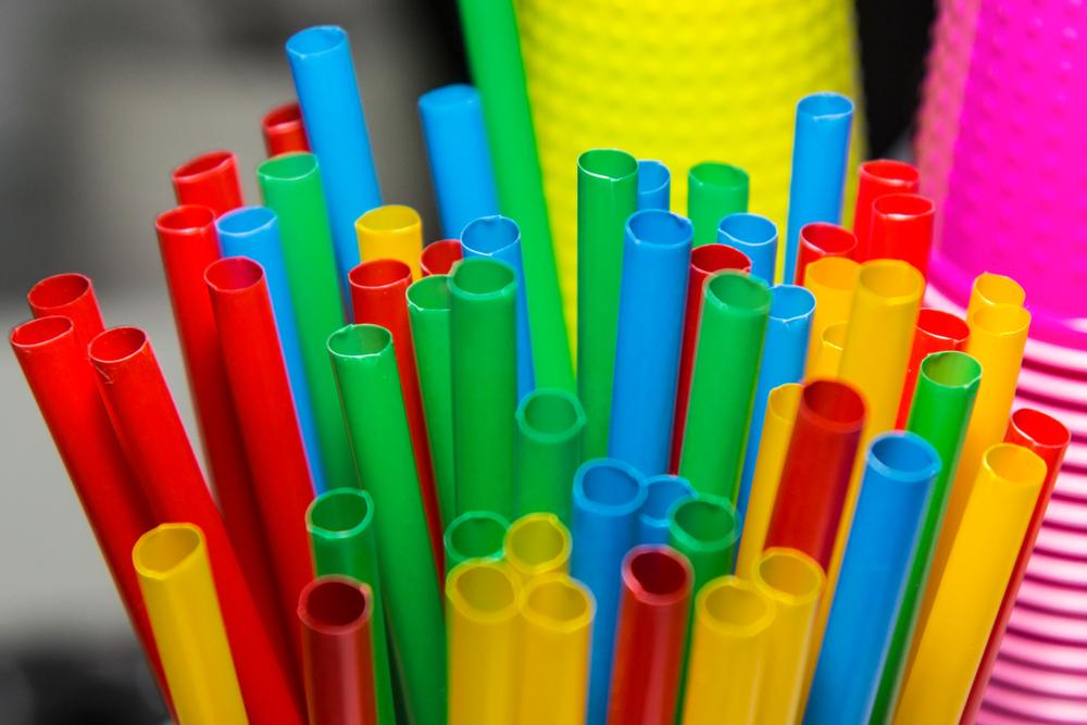 【イギリス】政府、2年以内にプラスチック製ストロー等の販売・流通を禁止する方針発表 1