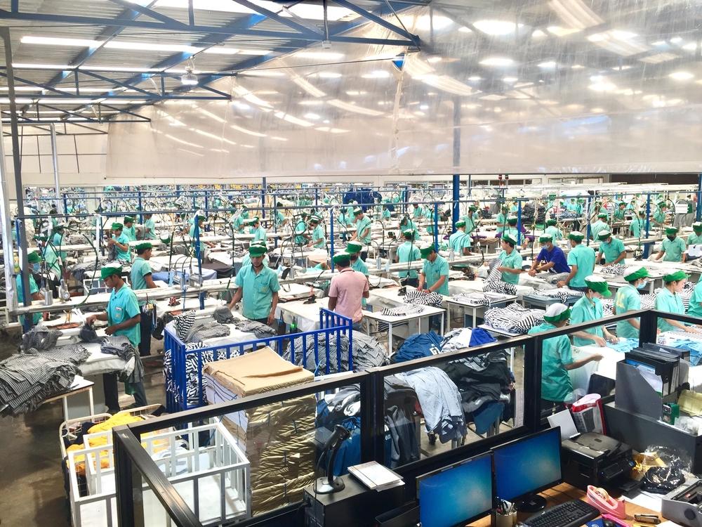【カンボジア】首相、労働組合相手の刑事訴追を全て取り下げ。EU経済制裁方針と大手企業協議の成果 1