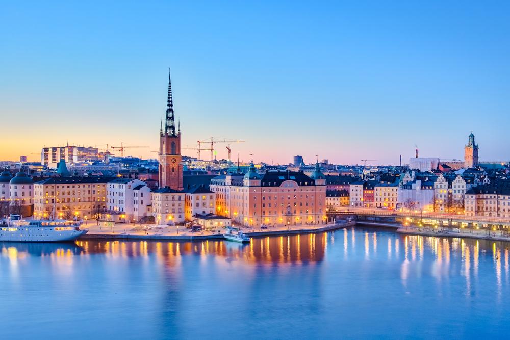 【スウェーデン】国会、公的年金基金のESG投資推進改正を採択。「模範的役割」目指す 1