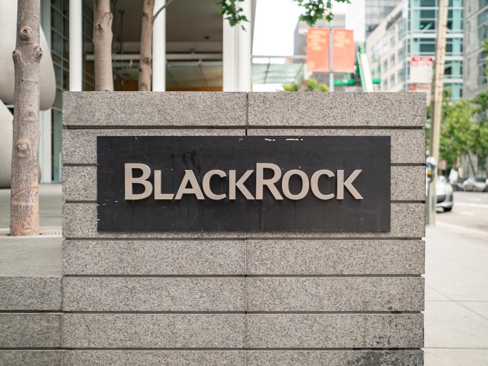 【アメリカ】ブラックロック、ETF購入顧客2万人の情報を漏洩。誤ってHPに掲載 1