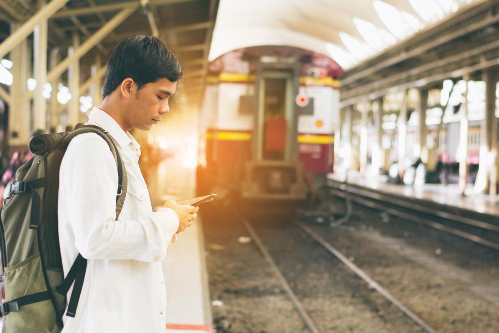 【インド】国有インド鉄道、太陽光発電電力での鉄道運行検討開始。4GWの石炭火力代替効果 1