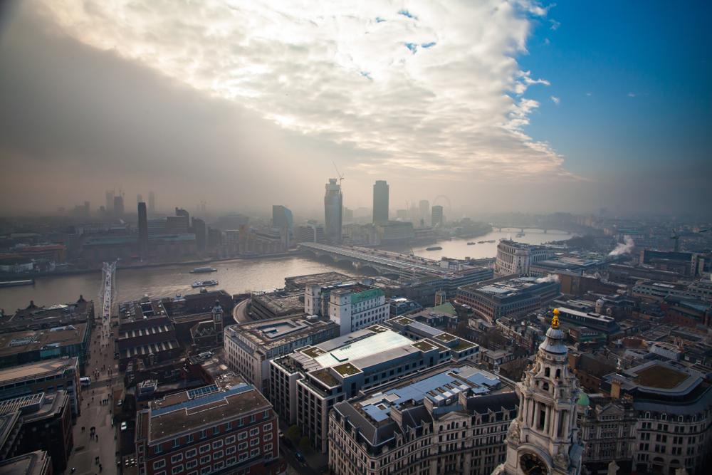 【イギリス】政府、大気汚染削減で総合政策発表。農業や不動産分野でも大気汚染規制強化 1