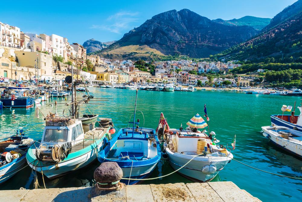 【EU】欧州議会とEU理事会、漁法・漁具規制の合理化で政治的合意。電気ショック漁法も禁止へ 1