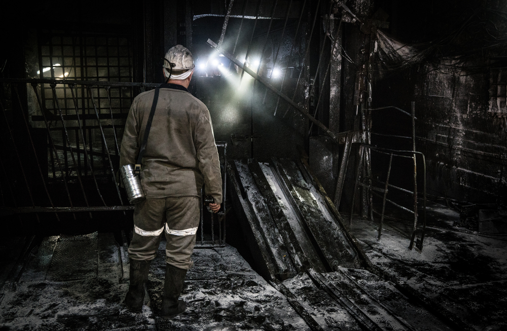 【アメリカ】トランプ政権下の鉱山労働者数、オバマ時代よりも減少。米国での一般炭需要減少続く 1