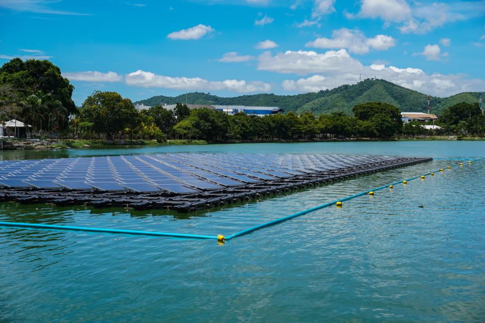 【タイ】タイ発電公社、2037年までに2.7GWの浮体式メガソーラー建設計画。第1号は5月に入札 1