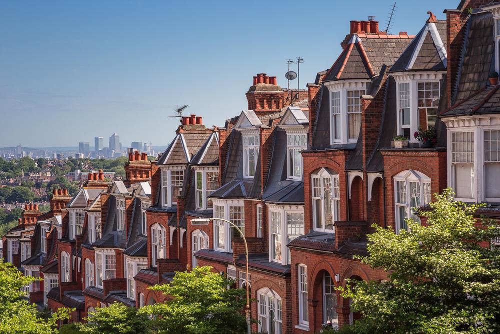 【イギリス】政府、民間賃貸不動産の省エネ基準ルールを厳格化。修繕費用を一部所有者負担に 1