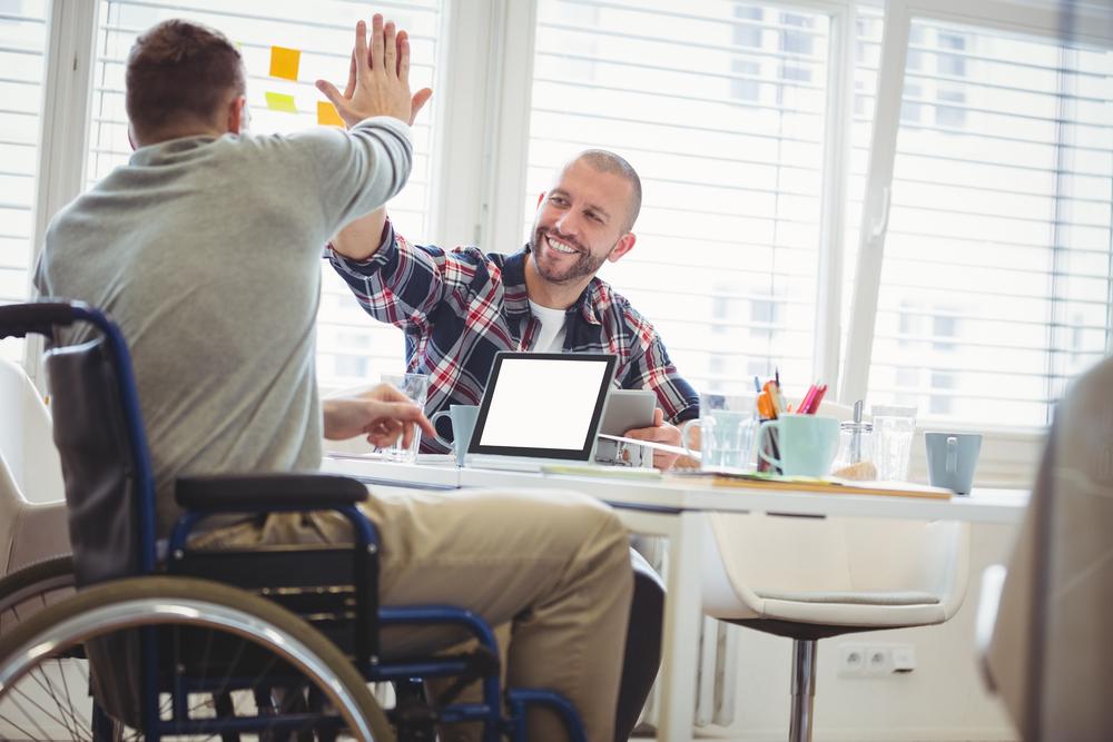 【国際】ブルームバーグ、障がい者インクルージョンValuable 500署名。世界14社に 1