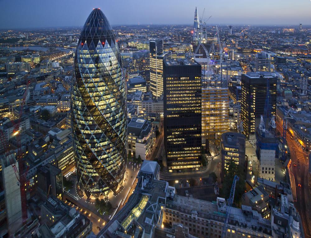 【イギリス】政府、4月1日から上場企業や非上場大企業にエネルギー消費量開示を義務化 1