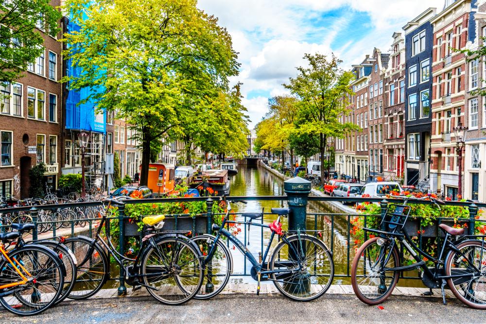 【オランダ】アムステルダム市、2030年までにガソリン・ディーゼル車走行禁止を計画 1