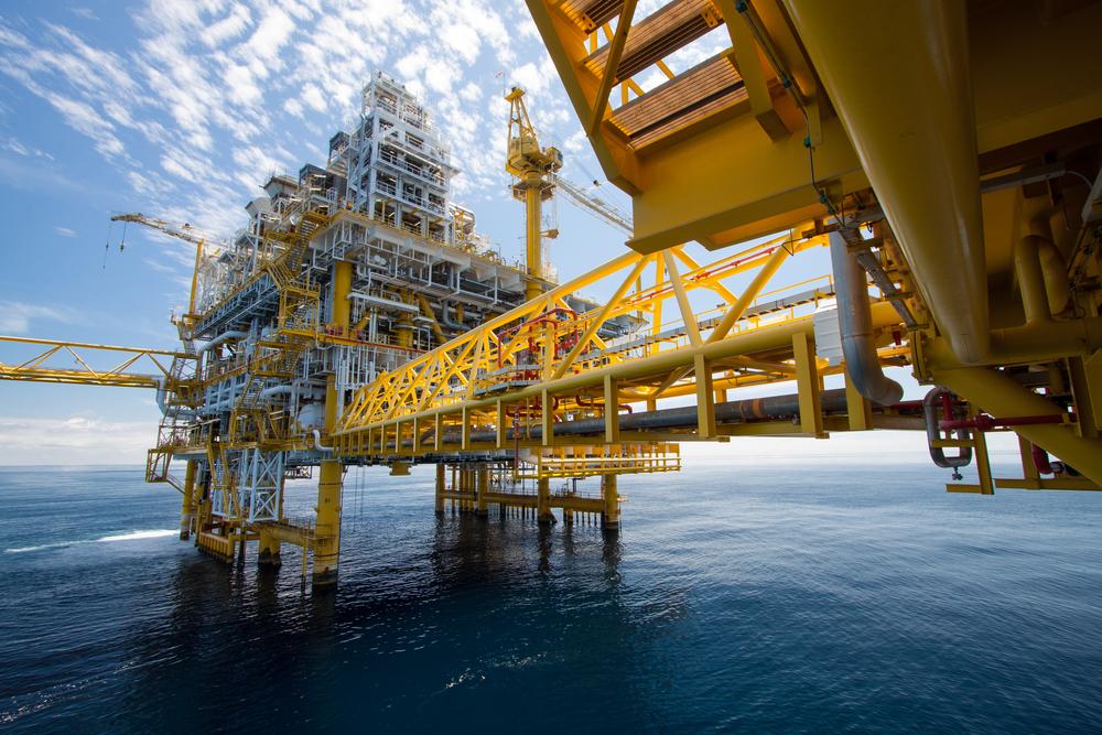 【国際】カーボントラッカー、今後の原油設備投資に警鐘。産油自然減は主張ほど多くない 1