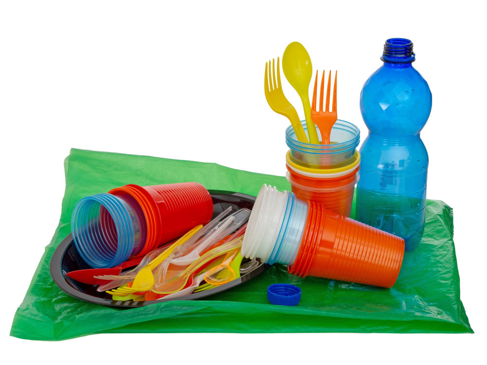 【EU】EU理事会、2021年から使い捨てプラ使用禁止のEU法案可決。同EU指令が成立 1