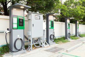 【イギリス】EV充電ステーション数、ガソリンスタンド数を超えた。Zap-Map調べ 1