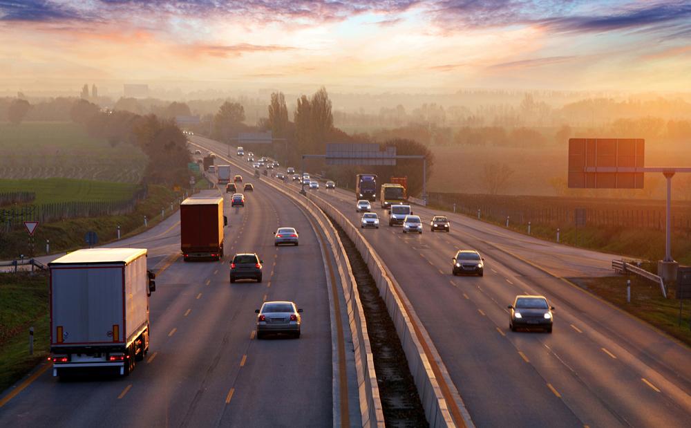 【アメリカ】自動車大手4社、カリフォルニア州政府と燃費規制維持で合意。規制緩和の連邦政府に反意 1