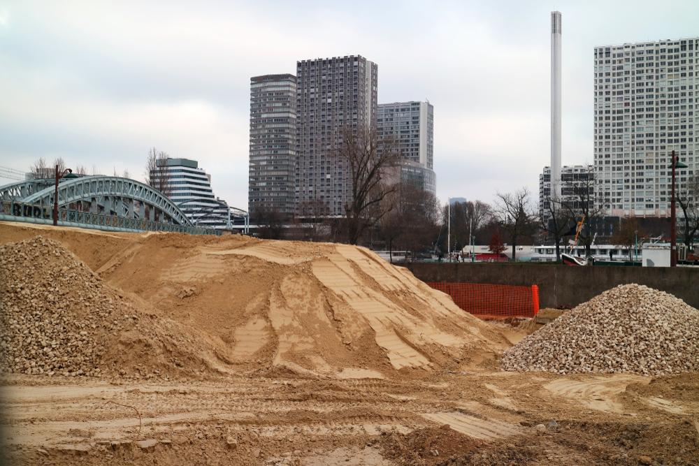 【国際】川砂の過剰採掘という新たな環境課題。地下水低下や社会不安問題も引き起こす 1