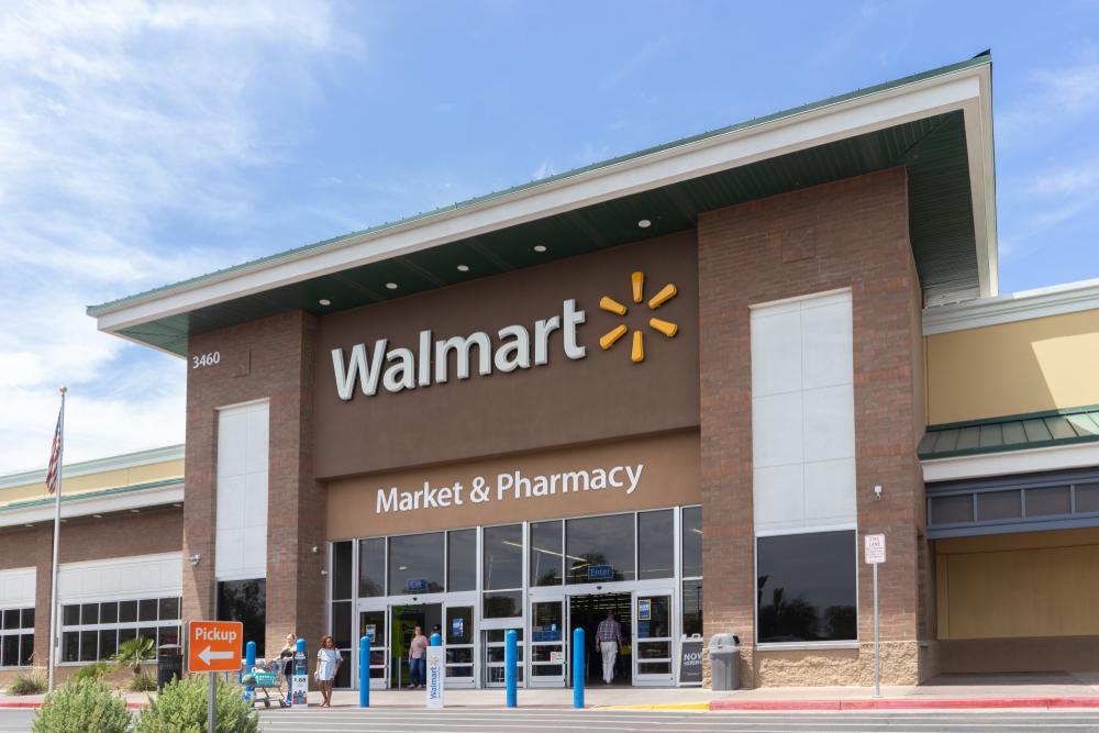 【アメリカ】ウォルマート、エルパソ銃乱射事件後に銃関連広告の店内掲載を停止。銃販売は継続 1