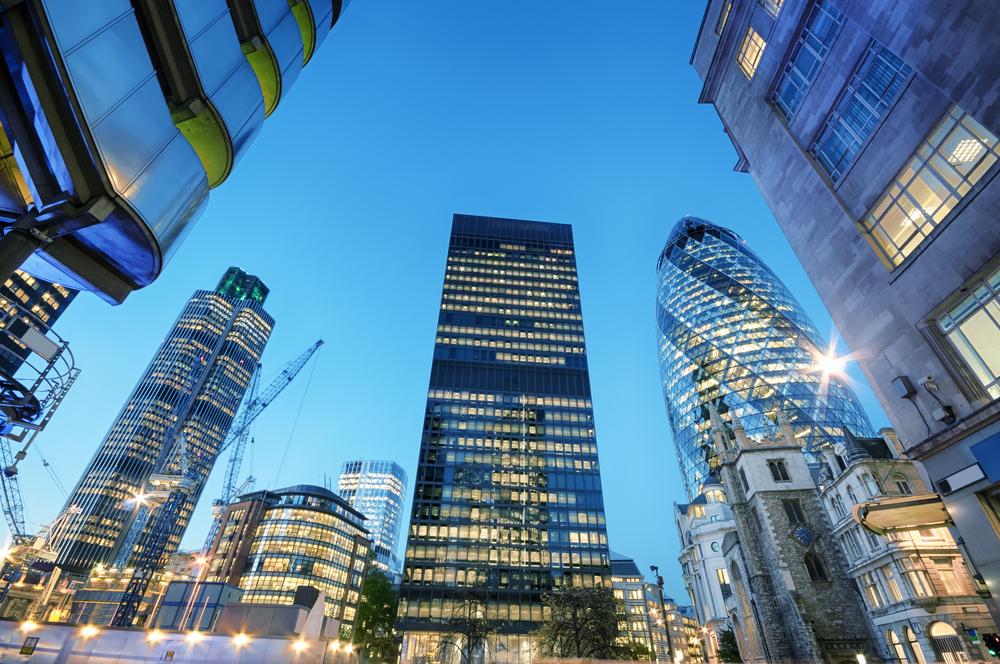 【イギリス】企業年金、10月導入のESG投資義務化規制への支持が70%。不支持を大きく上回る 1