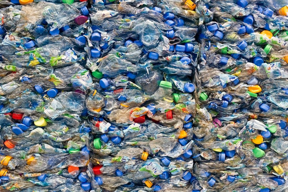 【日本】東レ、ペットボトル・リサイクル繊維事業「&+」を新設。再生素材の品質向上 1
