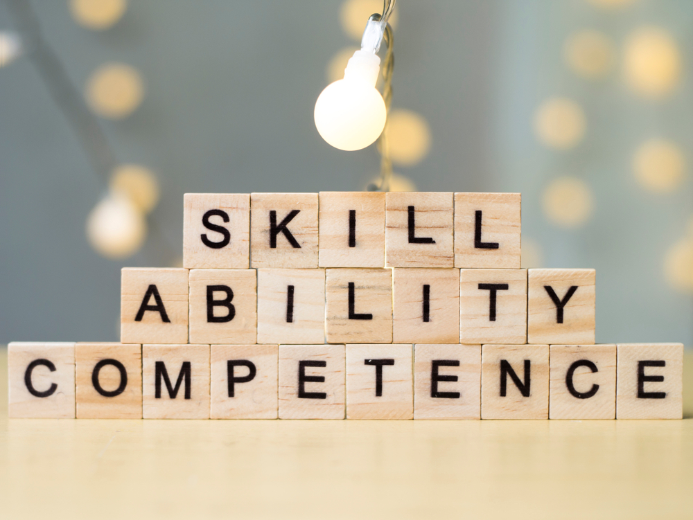 【国際】ISO、ガイドラインやスタンダード策定の人材コンピテンス国際基準策定。参照は任意 1