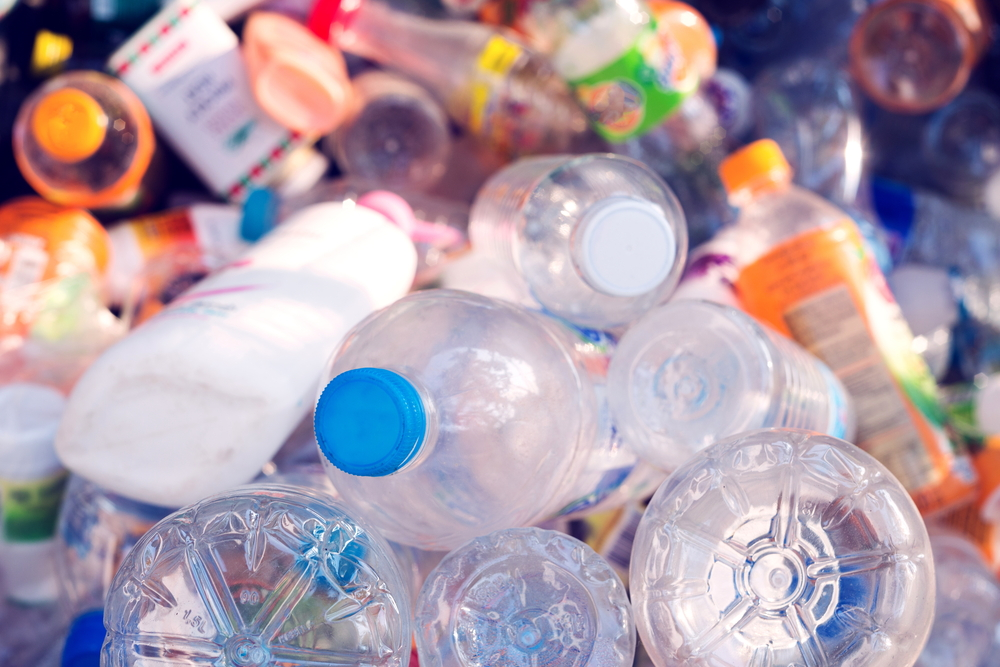 【日本】環境省、プラスチック廃棄物の海外輸入規制影響第3回調査結果を公表。保管量増加、処理量上昇 1