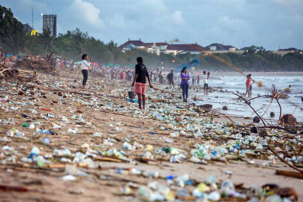 【インドネシア】HP、海洋プラ削減イニシアチブに参画。プラ回収・リサイクル、現地雇用創出 1