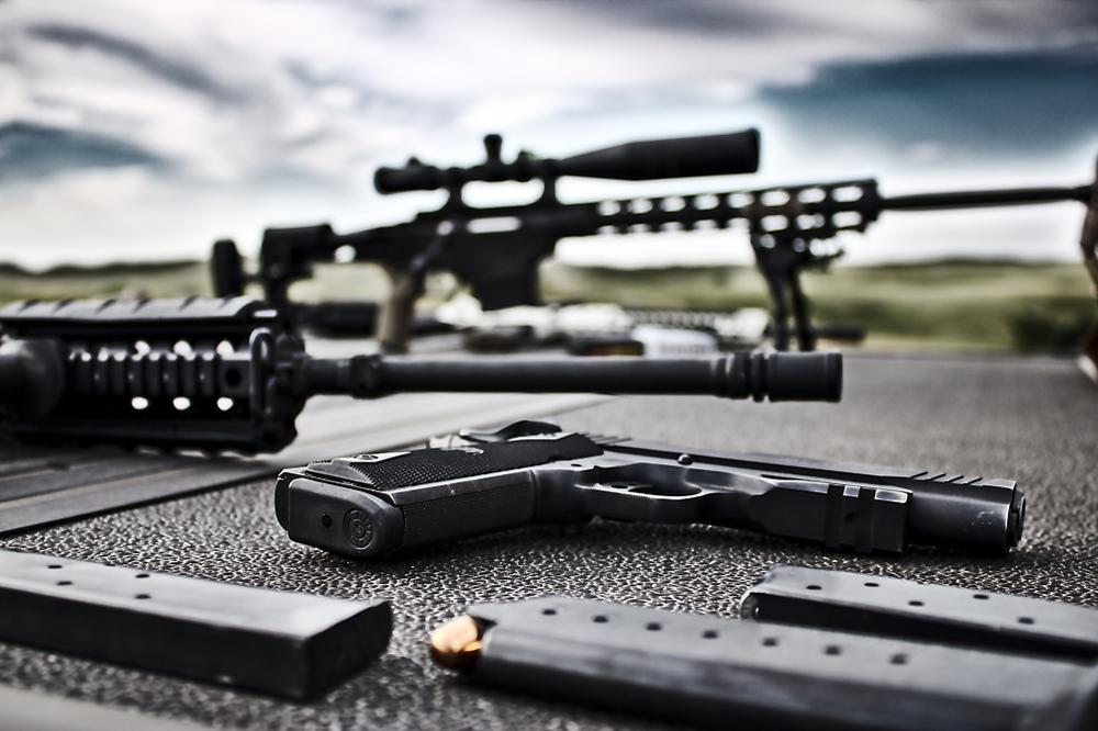 【アメリカ】ペイパル、違法武器取引と決済での研究強化。ノースイースタン大やシカゴ大と提携 1