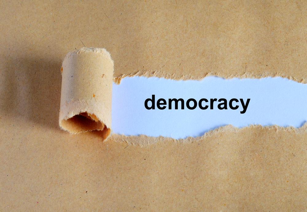 【国際】18歳から34歳の世代、民主主義への信頼が低下。研究者からは格差や失業が原因との意見 1