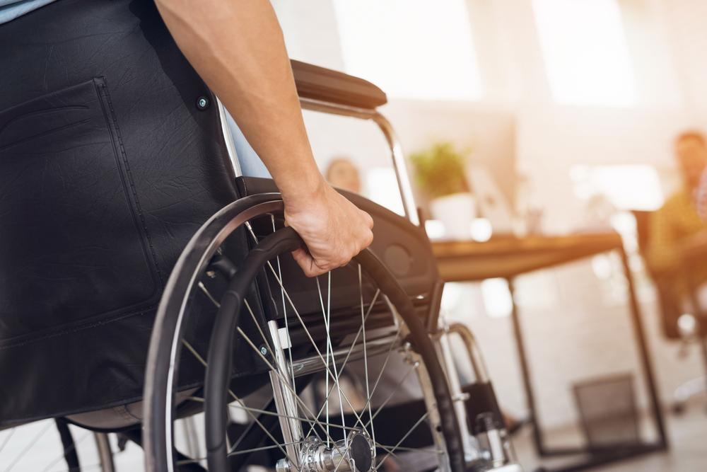 【日本】改正障害者差別解消法、成立。事業者に障害者インクルージョン義務。3年以内に施行 1