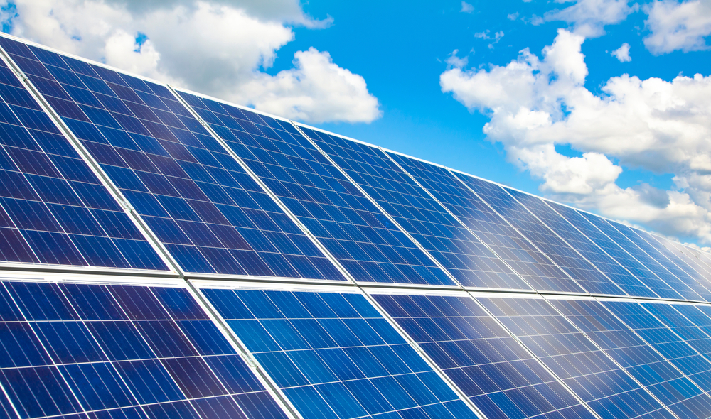【アメリカ】政府、太陽光パネル原料大手の中国5社に輸入・取引禁止措置。ウイグル強制労働 1