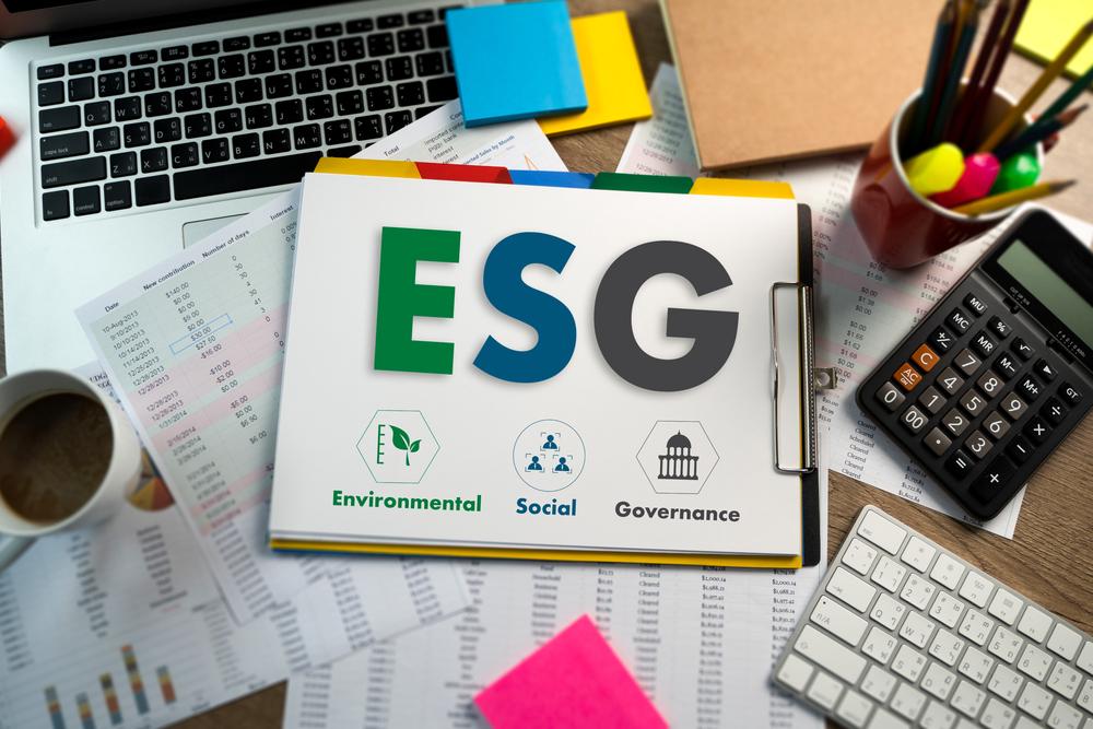 【金融】世界と日本のESG投資「GSIR 2020」の統計。世界のESG投資割合は35.9%に伸長 1