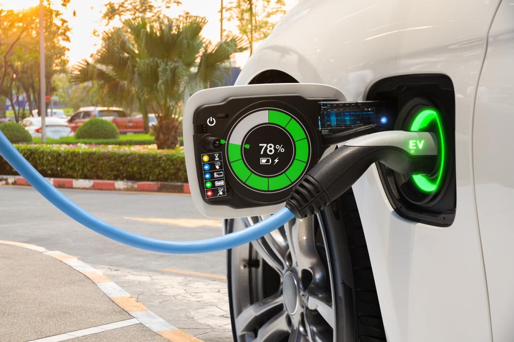 【ヨーロッパ】新車の1キロ当たりCO2排出量、2020年に12%減少。EVシェアが3倍に増加 1