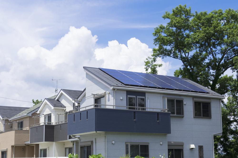 【日本】政府検討会、戸建住宅への太陽光発電導入義務化検討へ。省エネ基準も大幅引上げ 1
