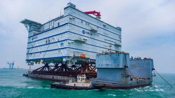 【中国】中国長江三峡、世界最大の洋上変電所を完工。洋上風力発電電力を陸上に直流送電 1
